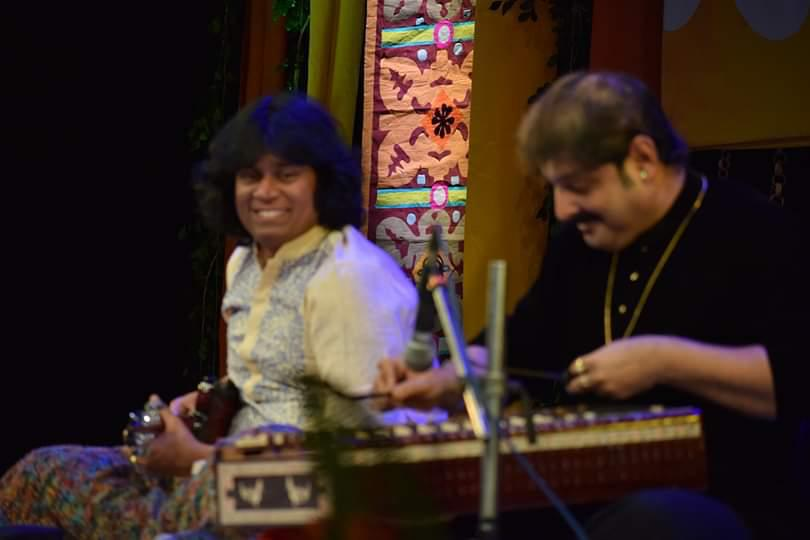 rajesh-mandolin-at-annual-indian-classical-conferencekolkata