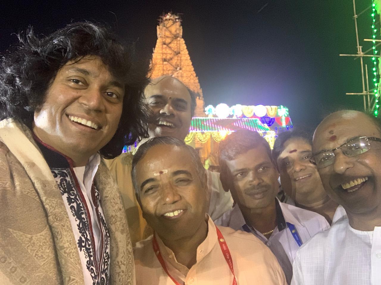 u-rajesh-mandolin-performed-at-brihadeeswara-kumbhabhishekam-sangeetha-natya-vadyothsav-concert